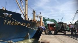 Tàu TRANG AN 05 vận chuyển 11.750 tấn S.A (Capro) cập Cảng Quy Nhơn ngày 13/12/2017